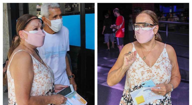 Atriz recebeu a dose da vacina no posto da Fundação Planetário, na Gávea