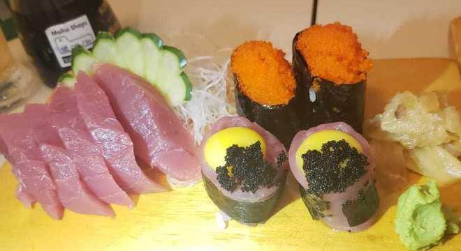 Dúvidas sobre o consumo de sushis e sashimis durante a pandemia