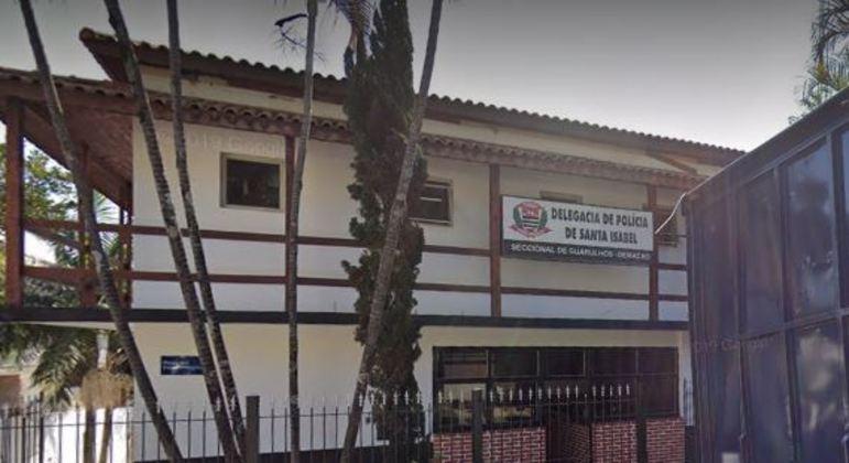 Suspeito de cometer crime em Goiás e fugir para SP foi encaminhado à delegacia de Santa Isabel