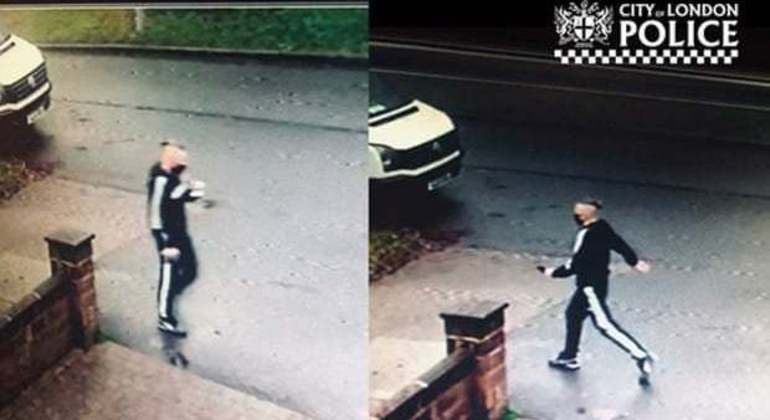 Suspeito foi flagrado por uma câmera após fazer uma segunda visita à casa da vítima