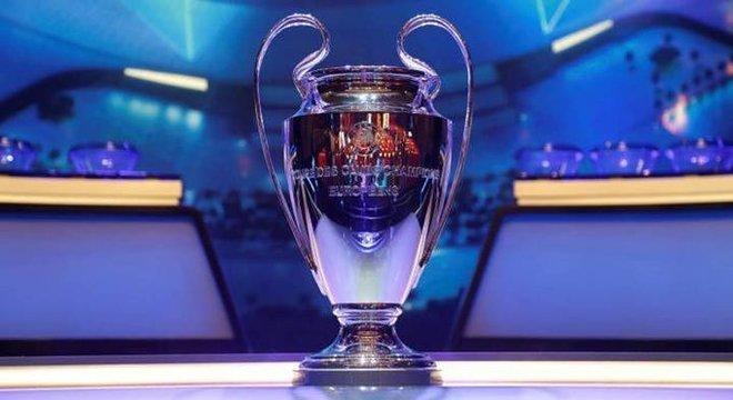 A clássica taça da Liga dos Campeões