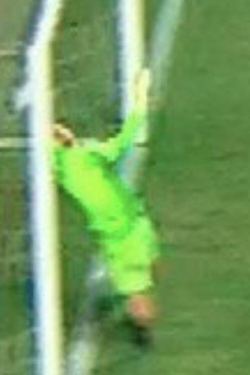 No desfigurado twitter oficial do Goiás. Sem entrar totalmente, não existe gol