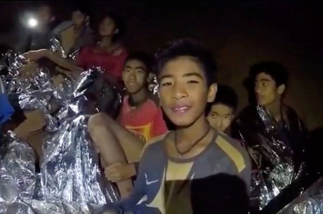 Garotos chilenos foram resgatados de caverna