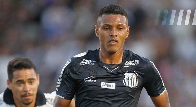 Taílson, do Santos, na sua estréia o gol da vitória