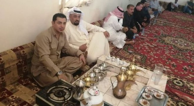 Ahmed diz que família beduína arriscou sua própria vida para salvá-lo