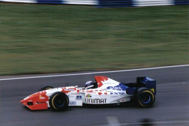 Taki Inoue fez 18 corridas entre 1994 e 1995. Piloto é querido pelos saudosistas da F-1