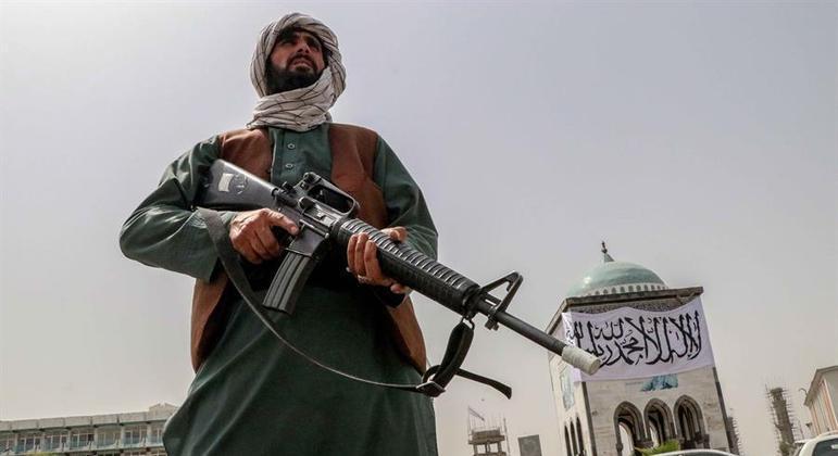 Grupo Talibã é cobrado para garantir a liberdade de  expressão no Afeganistão