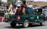 Além disso, mesmo não tendo realizado ações diretas nos atentados de 11 de setembro de 2001, o grupo extremista ajudou e protegeu membros da Al Qaeda em território afegão, um dos fatores que levaram os EUA a invadirem o país há 10 anos para tirar o Talibã do poder