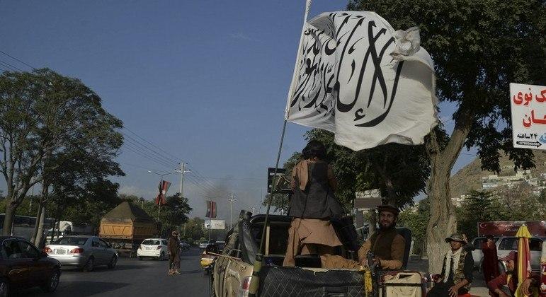 Combatentes da resistência estariam cercados por membros do Talibã no Vale de Panshir