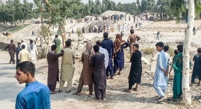 Posto de controle na cidade de Jalalabad, no Leste do Afeganistão, foi alvo de ataque