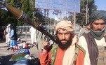 Talibãs avançam rumo a Cabul em meio à retirada ocidentalVEJA MAIS