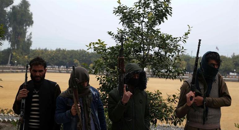 Militantes do Talibã no Afeganistão: avanço preocupa comunidade internacional