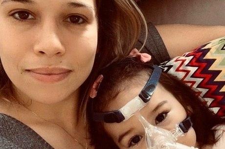 """Talita e a filha: """"um relógio na minha cabeça"""""""