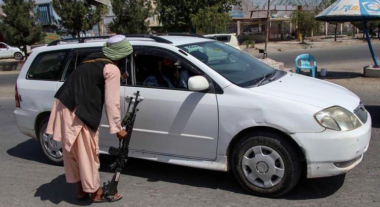Cobrança de impostos sobre a população é uma importante fonte de recursos para o Talibã