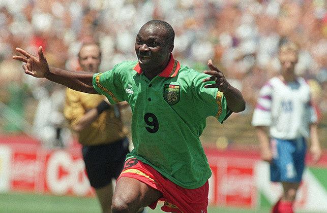 Talvez o mais importante ícone de reconhecimento do futebol africano no mundo, Milla fechou de vez sua longa carreira em 1997, aos 45 anos, pelo time indonésio do Putra Samarinda