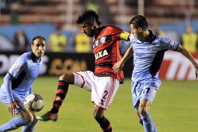 Também em 2014, o Bolívar ficou em primeiro do seu grupo e o Flamengo ficou de fora das oitavas de final. Chegou à semifinal.