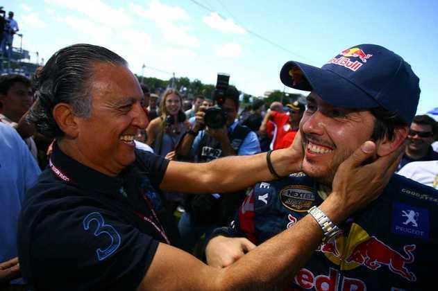 Também esteve junto para comemorar as tantas vitórias do Cacá. Aqui, Salvador em 2009 (Foto: Duda Bairros)