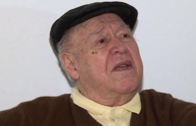 Também na terça-feira, o jornalista esportivo Orlando Duarte morreu, aos 88 anos, vítima do novo coronavírus. O comentarista teve passagens por Gazeta Esportiva, Última Hora, Globo, SBT, entre outros. Ele estava afastado da profissão desde 2012 em decorrência de problemas de saúde.