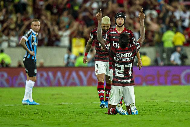 Também pela Libertadores, em 2019, o Grêmio foi eliminado pelo Flamengo na semifinal, por 5 a 0, jogando no Maracanã. As duas equipes empatarem em 1 a 1, no primeiro jogo, na casa do Tricolor. O Rubro-Negro, após atropelar o rival brasileiro, venceu o River Plate e sagrou-se campeão da competição continental.