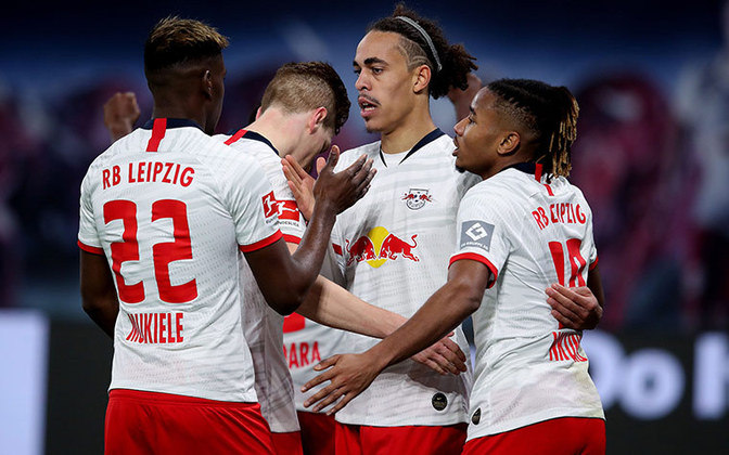 Também pela primeira rodada do Campeonato Alemão, o RB Leipzig recebeu o Mainz 05, na Red Bull Arena, com a presença de cerca de nove mil pessoas. O time da casa venceu por 3 a 1.