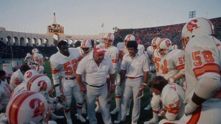Tampa Bay Buccaneers (1976). A primeira temporada da história de Tampa poucas alegrias trouxe. Foram 14 derrotas em 14 jogos.
