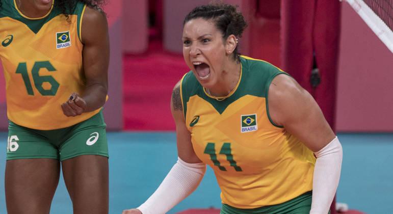 Tandara, uma das grandes pontuadoras do Brasil, foi suspensa preventivamente por doping