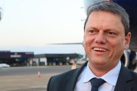 Reforma abre espaço para privatização, diz ministro