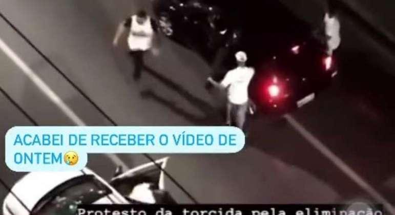 O vídeo com imagens dos 'torcedores' que vandalizaram o carro e ameaçaram de morte Tardelli