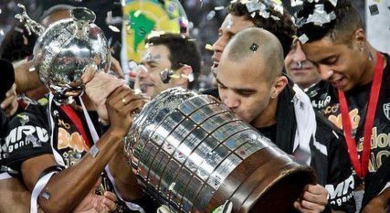Tardelli foi grande personagem na conquista da Libertadores, pelo Atlético