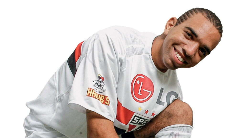 Dispensado pelo Santos, Tardelli foi para o São Paulo. Era o início de uma carreira importante