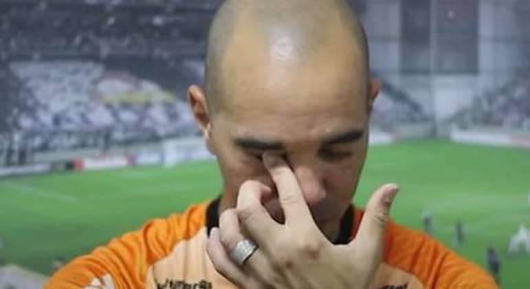 Tardelli chorou com a dispensa do Atlético. 36 anos pesaram na saída do ídolo