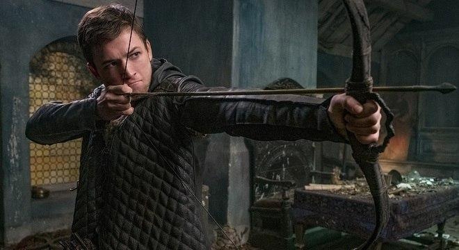 Taron Egerton como Robin de Locksley
