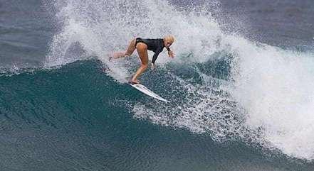 Tatiana fez uma das melhores ondas do dia