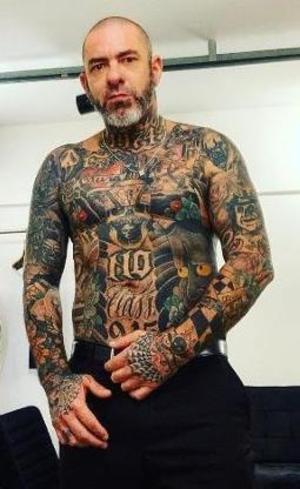 Tatuagem não é sinal de rebeldia