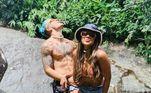Foram muitos encontros, viagens e passeios românticos, a maioria deles compartilhado com os fãs na webVeja mais:Cartolouco 'segura vela' em clique romântico de Biel e Tays Reis