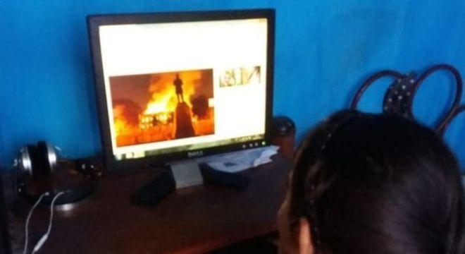 Dhiovana ficou preocupada com os dinossauros e com os 'homens que dormiam' quando soube do incêndio do Museu Nacional