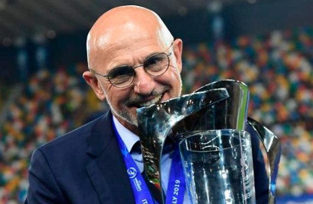 Técnico: Jose Luis De La Fuente - Idade: 60 anos