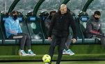 6º - Zinedine ZidaneTime: Real Madrid - EspanhaValor por temporada - R$ 80 milhões