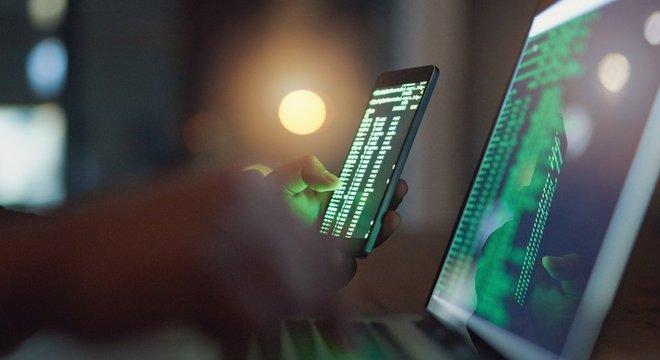 Juristas veem a possibilidade dos investigados serem punidos por crimes cibernéticos e organização criminosa