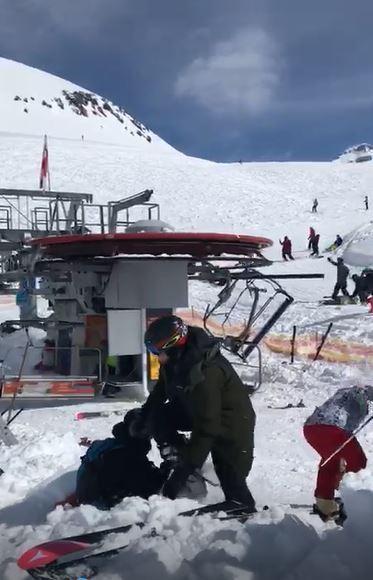 Teleférico fora de controle lança turistas pelos ares na Geórgia