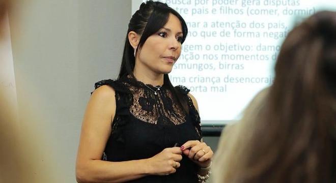 Telma é membro certificada da Associação de Disciplina Positiva Americana
