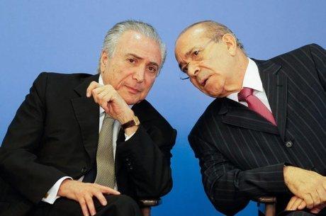 O ex-ministro Eliseu Padilha (dir) foi denunciado junto com Temer no inquérito do 'quadrilhão'