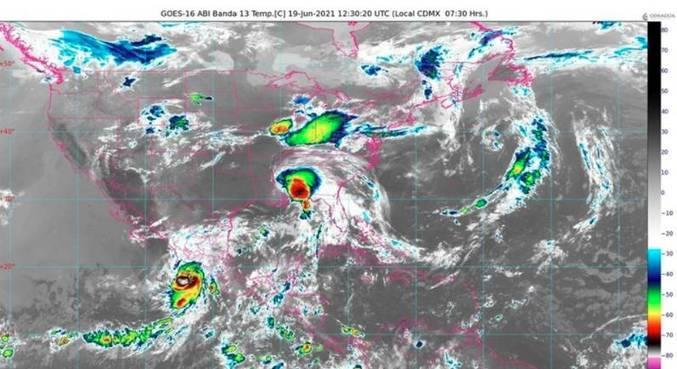 Tempestade tropical Dolores chega ao Pacífico mexicano