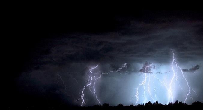 Tempestade provoca 27 mortes por raios no leste da Índia