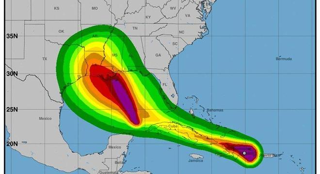 Imagem com projeção de velocidade do vento para as tempestades Marco (E) e Laura (D)