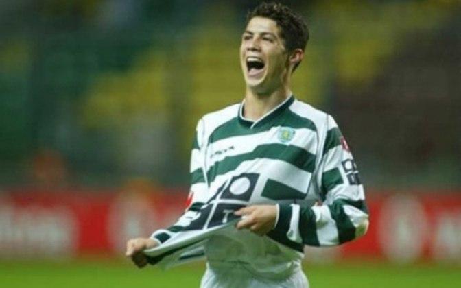 Temporada 2002/2003 - Apenas Cristiano Ronaldo era profissional e atuava pelo Sporting. Fez 31 jogos oficiais e marcou cinco gols.