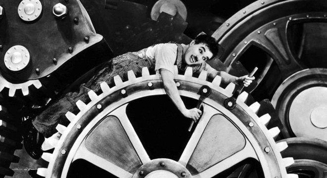 'Tempos Modernos', de Charles Chaplin, integra a programação na Cinemateca Crédito: Reprodução / CP