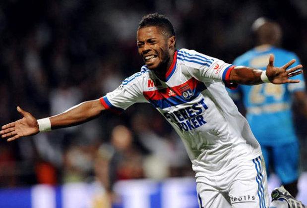 Tendo atuado como lateral-esquerdo e meia, Michel Bastos viveu três grandes temporadas no Lyon entre 2009 e 2013. Foram mais de 140 partidas com a camisa do time. Se destacou tanto que foi convocado para a Seleção Brasileira na Copa do Mundo de 2010.
