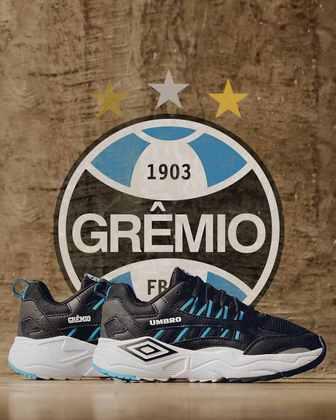 Tênis especial para o Grêmio