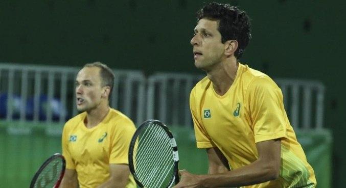 Bruno Soares (esq.) está fora da Olimpíada de Tóquio 2020